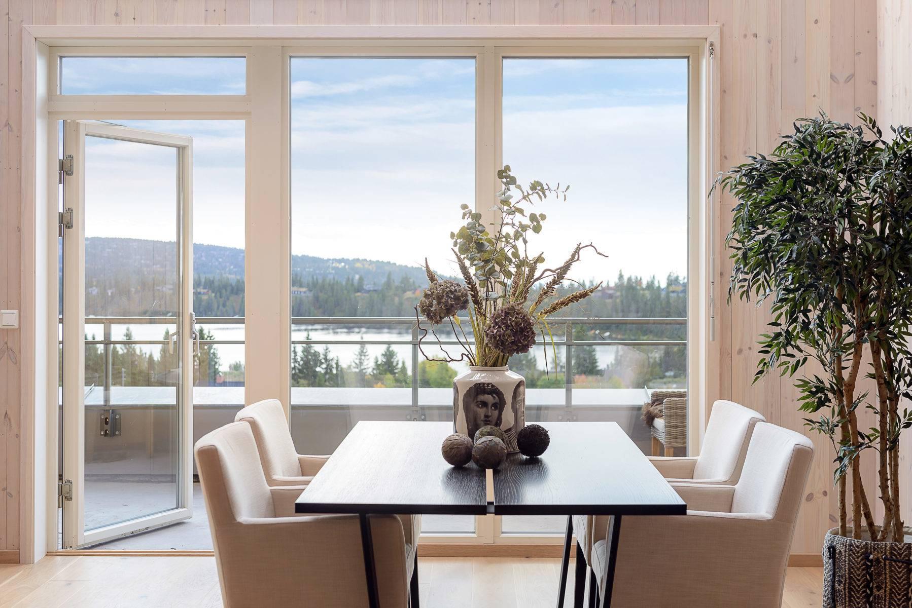 Møblert utsiktsleilighet i Sjusjøen sentrum